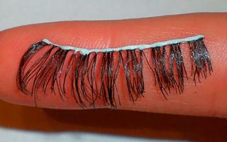 Как приклеить накладные ресницы без специального клея