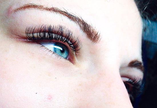 ресницы под синие глаза